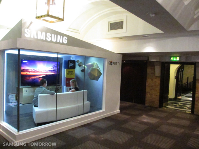 future of your tv From lifelike color and imagery to 3d innovation, lg's flat screen and curved tvs will change the way you view your favorite tv shows and movies.
