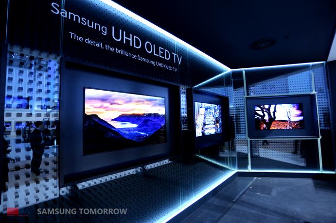 Samsung unveils UHD OLED TV at IFA 2013 – Samsung Global ...