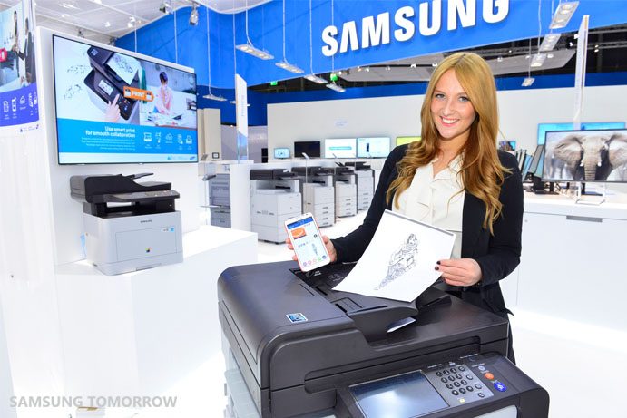 Samsung Cloud Print at the CeBIT 2014_2
