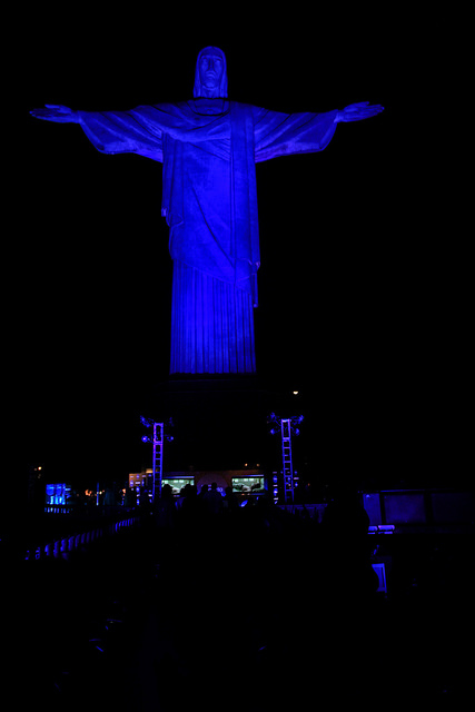 Samsung lança plataforma de música e esportes no Rio de Janeiro aos pés do Cristo Redentor