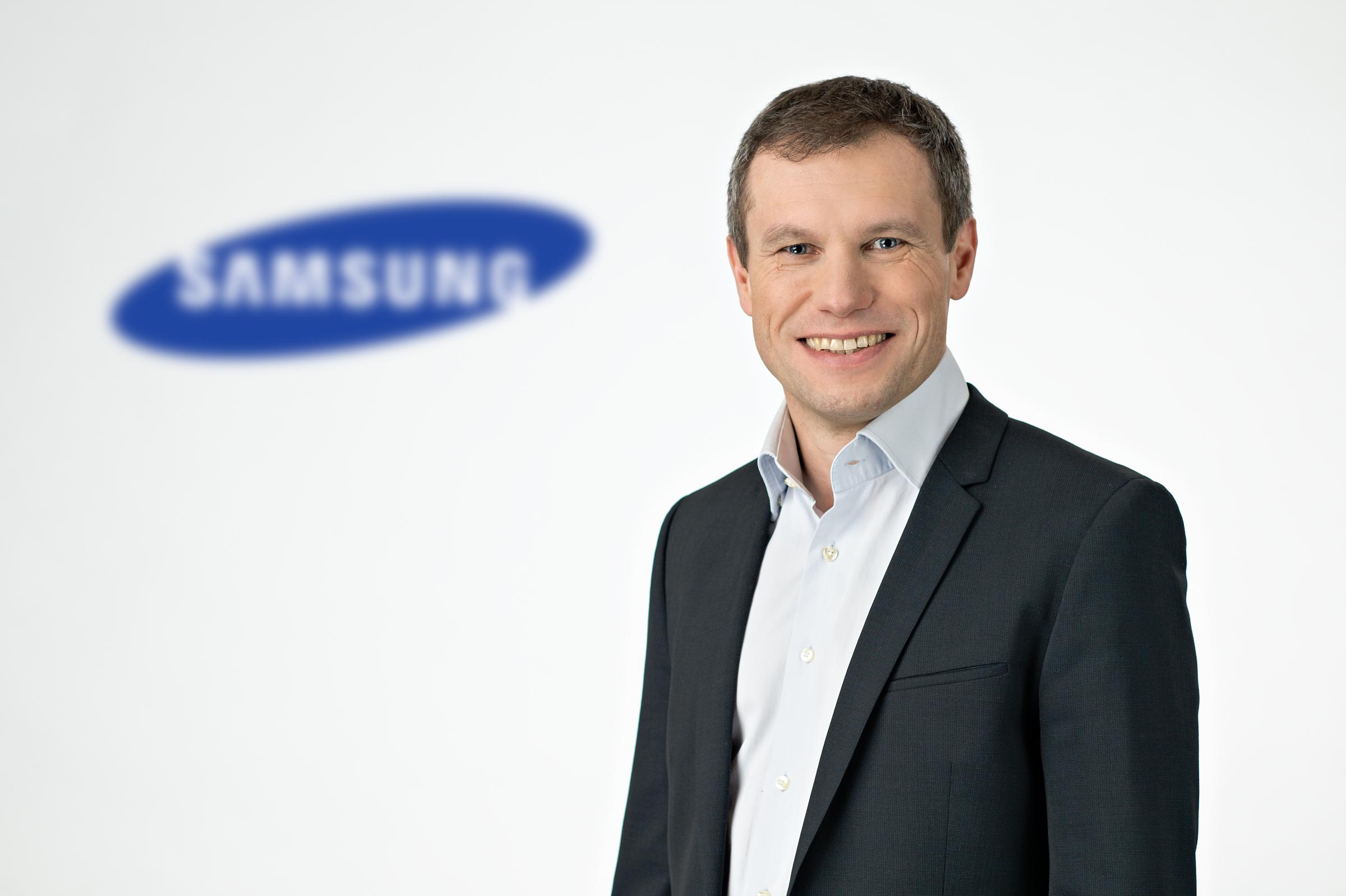 Samsung_Mike Henkelmann