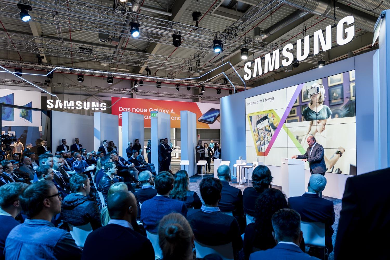 Samsung Roadshow 2017 Eröffnungspanel mit Martin Börner