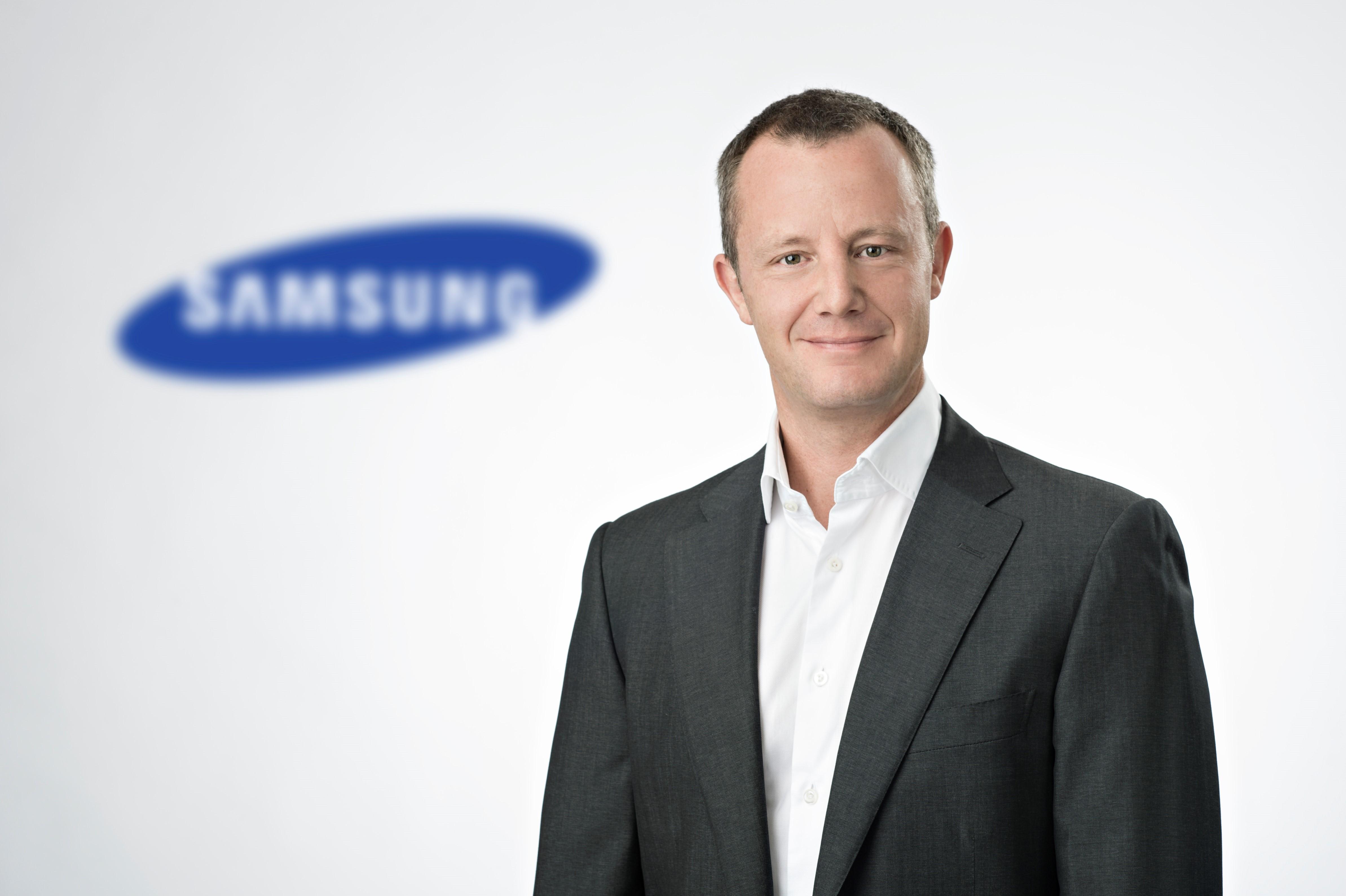Olaf May Verantwortet B2b Geschäft Von Samsung In Deutschland