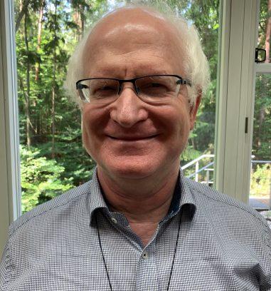 Heinz Mehrlich, 66 Jahre alt, seit Geburt sehbehindert mit einem Sehvermögen um die fünf Prozent