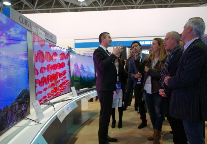 1.2016 Samsung SUHD TV_1_706