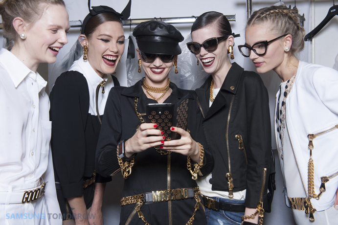 The GALAXY Note 3 and the GALAXY Gear are currently taking center stage at Fashion Weeks across New York, London, Milan and Paris.