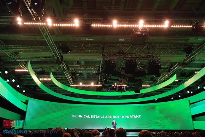Samsung-IFA-2014-Keynote-Speech-It-is-not-important.j