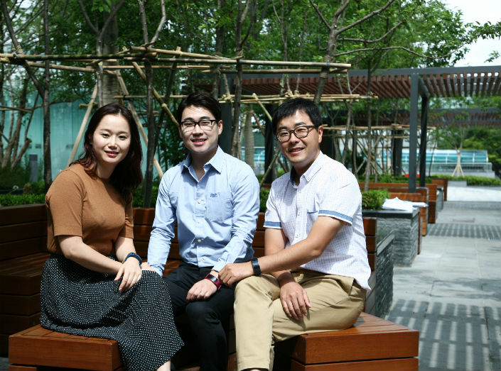 From left to right: Engineer Youjung Song, Senior Designer Seounghyun Son and Senior Engineer Hyunjun Kim