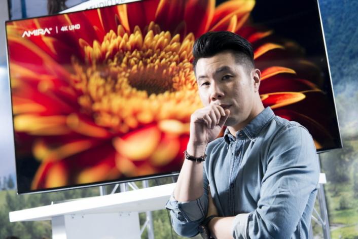 """Quantum Dot SUHD TV made calibration smooth and fun,"" said Um Tae-Sik."