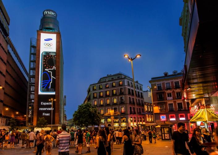 Plaza del Callao_LEDsignage_Main_1