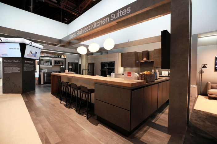 Perfect Samsungu0027s Stylish Kitchen Setup Was Designed With The Help Of Renowned  Italian Furniture Brand Scavolini.