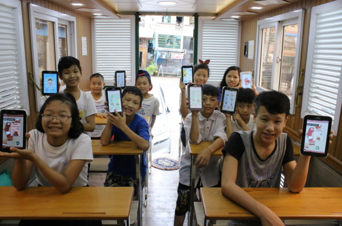 Samsung's Mobile Education Buses Encourage Myanmar's