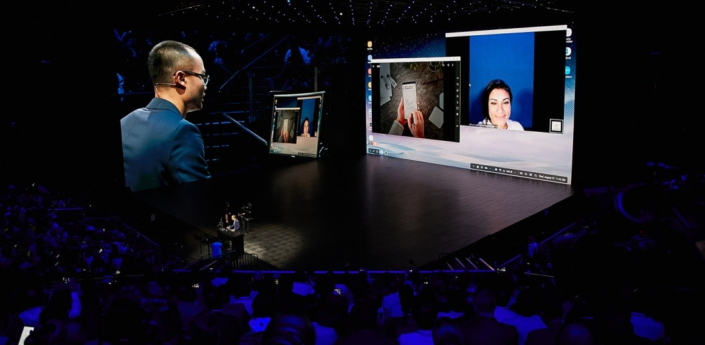 Jonathan Wong, Director of Product Marketing for Samsung Electronics America's Mobile B2B Business, introduces through a live demonstration of Samsung DeX new partners that make video conferencing as well as photo and music editing more convenient.