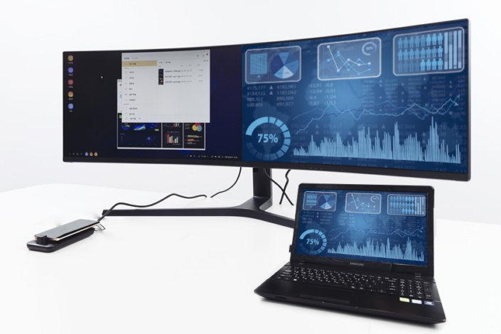 The Ultimate Screen For Multitasking Samsung Cj89 49 Inch Supersize Monitor Review Samsung Global Newsroom