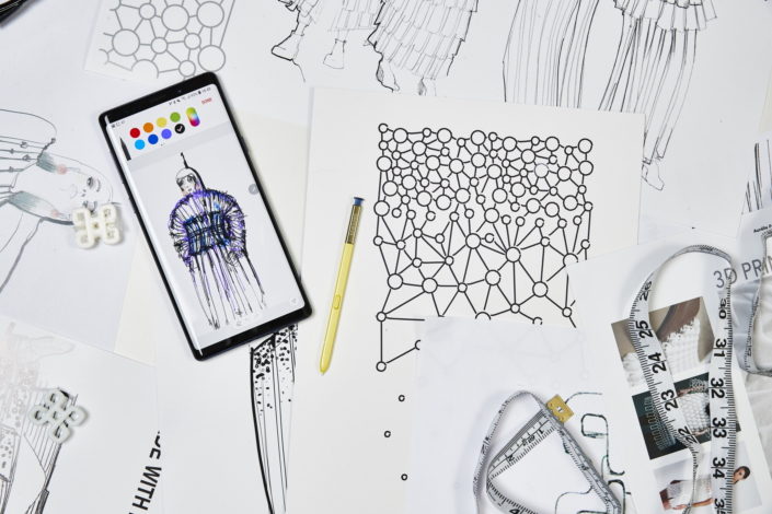 Mobile Couture': When Fashion Met the Galaxy Note9 – Samsung