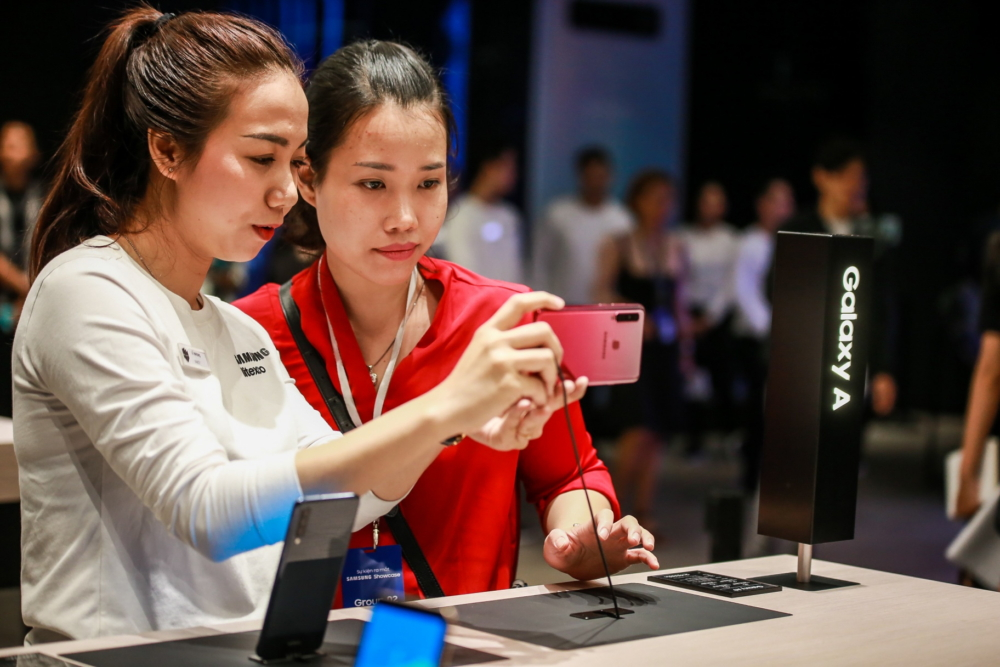 Samsung Showcase Comes to Vietnam, Offering New Experience in Technology and Entertainment