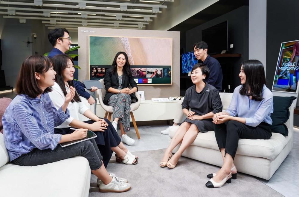 [Making TVs Smarter] ② Building a Smart TV Platform In Line with Today's Trends - Image 2