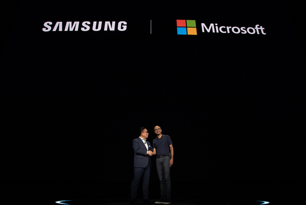 Unboxing Innovation: Looking Back at Samsung's Galaxy Unpacked Events - Image 2