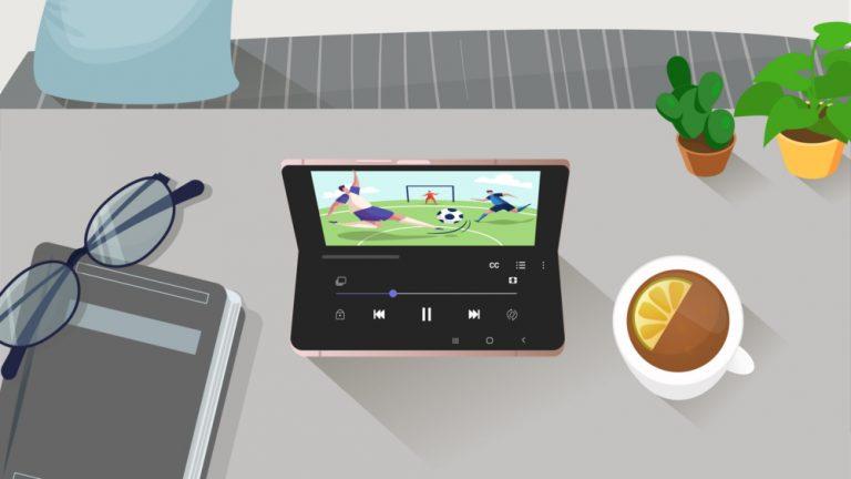 День с Galaxy Z Fold2: за что предприниматели и бизнесмены любят инновационный смартфон со складным экраном