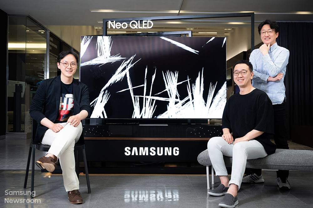 ▲ (Van links) Ingenieurs Jongbae Kim, Sungjoo Kim en Sunmin Kim van Samsung Electronics' Visual Display Business.