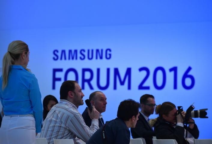 6.Samsung European Forum_706