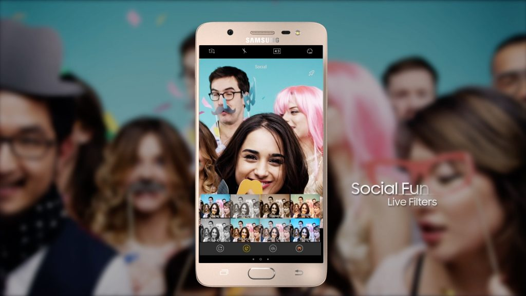 Here's How You Can Have Fun with Samsung Galaxy J's Social