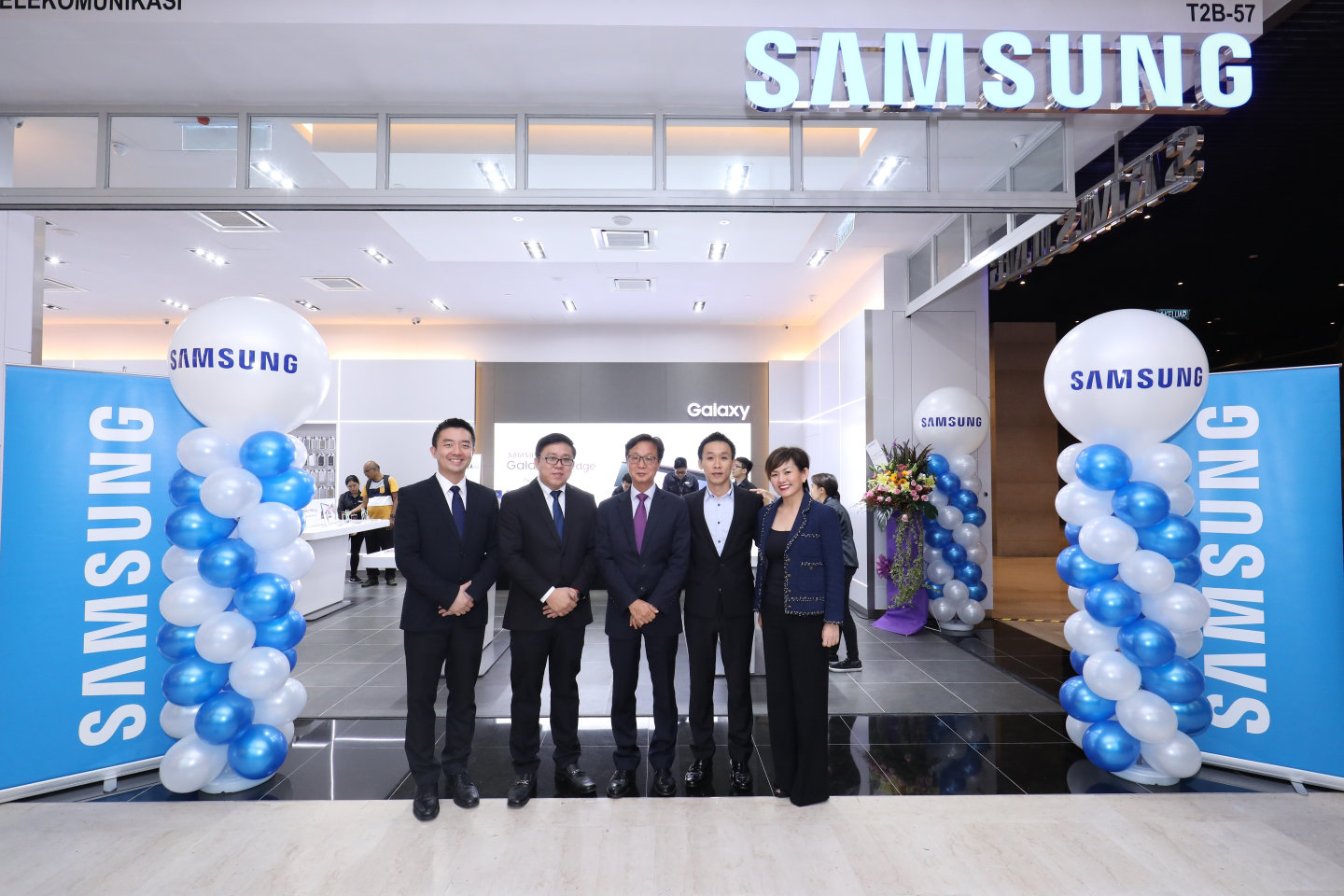 Samsung Opens First Ever Experience Store in Genting