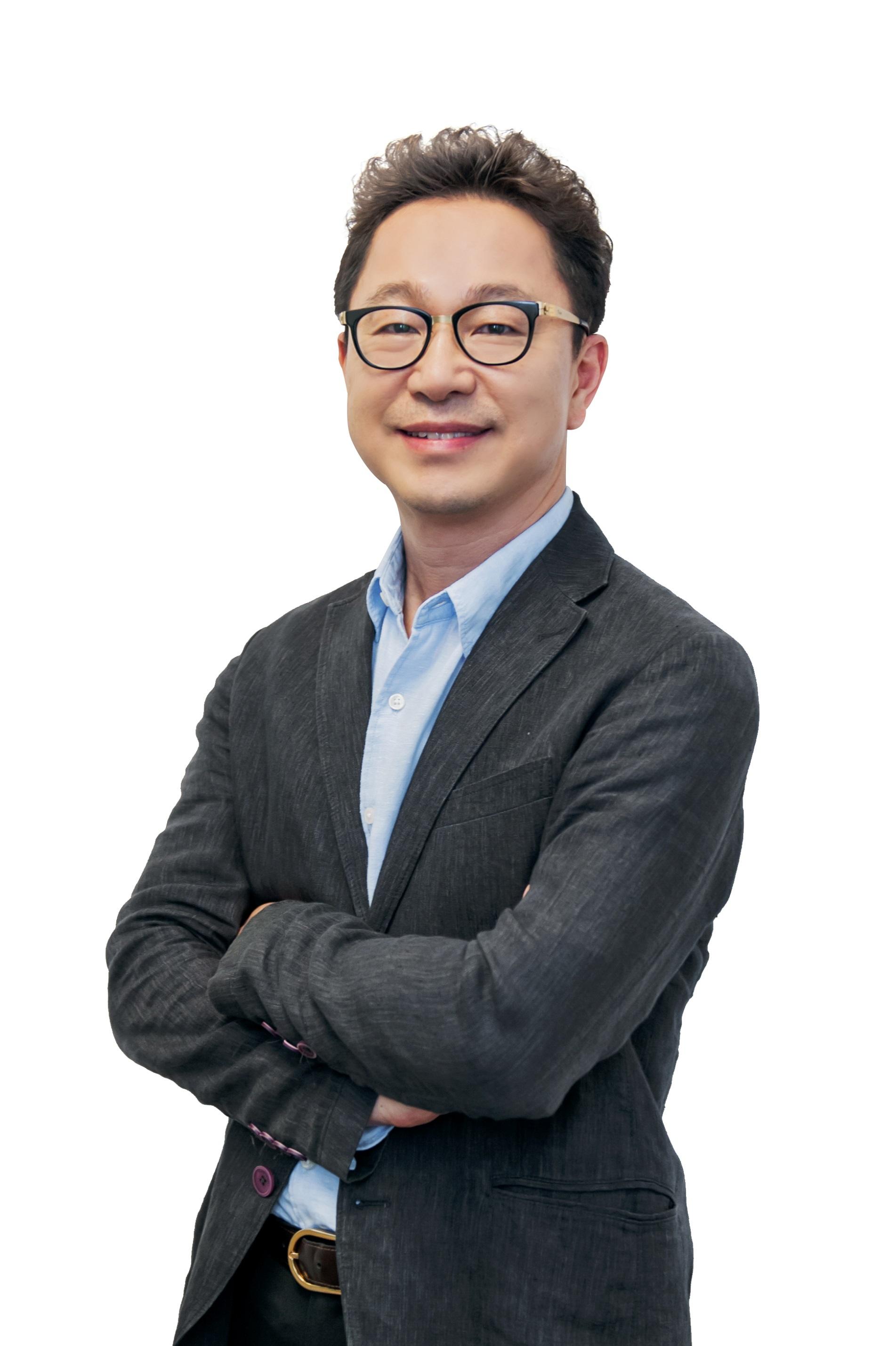 Mr.-Yoonsoo-Kim-President-Samsung-Malaysia-Electronics