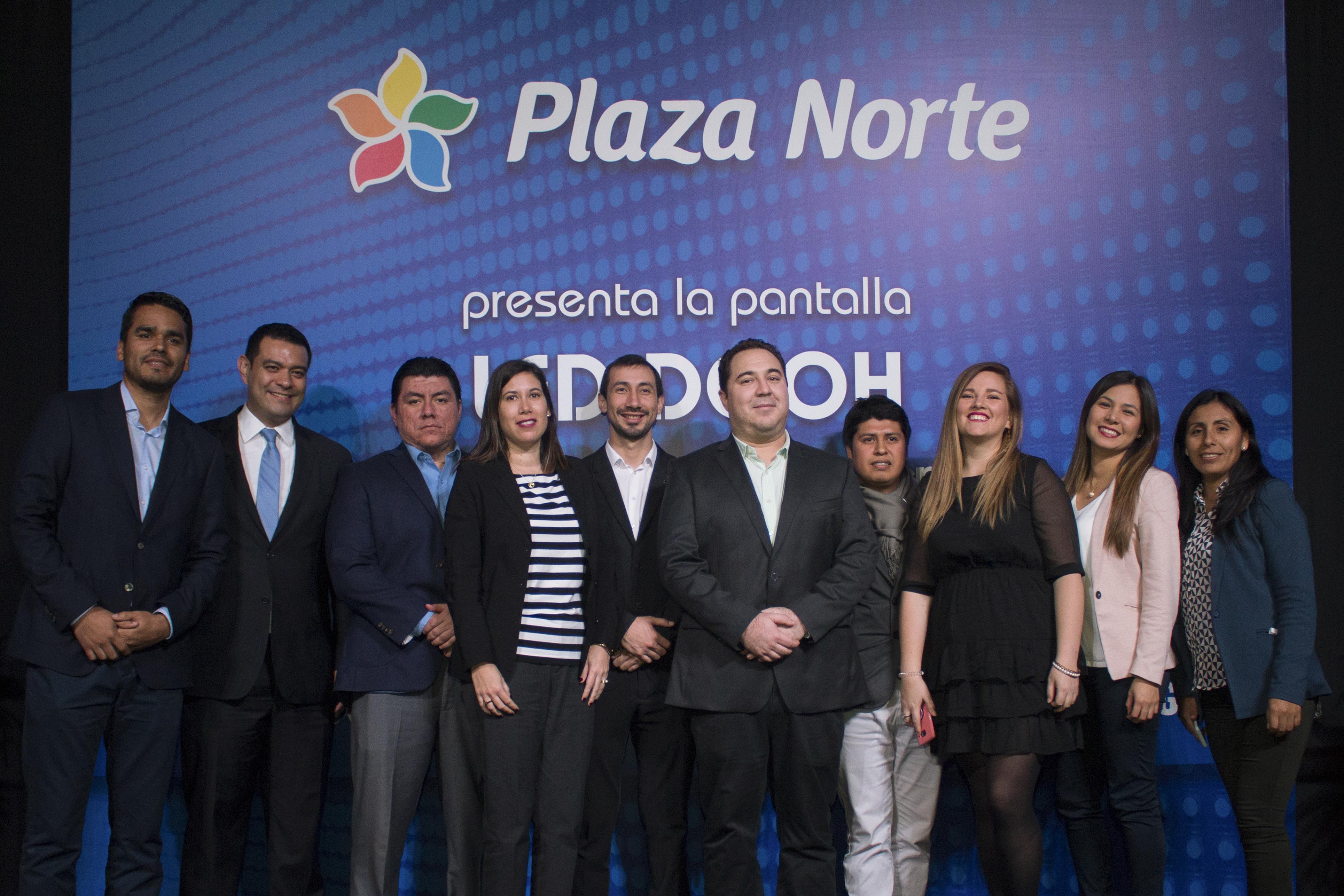 PRESENTACIÓN-PANTALLA-LED-SAMSUNG-PLAZA-NORTE-18