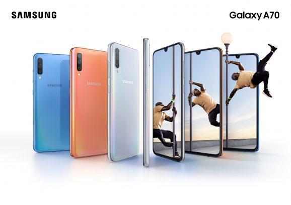 Galaxy-A70_Lifestyle-KV_combo_bluecoralwhite_2P
