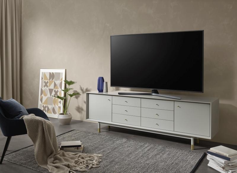 telewizor-Samsung-RU7400-02