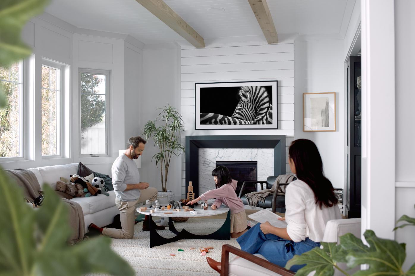 Samsung представила интерьерные телевизоры The Frame с QLED-экранами