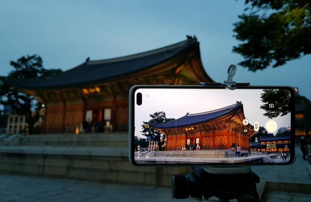 Ночной режим Samsung Galaxy S10+ в фотографиях