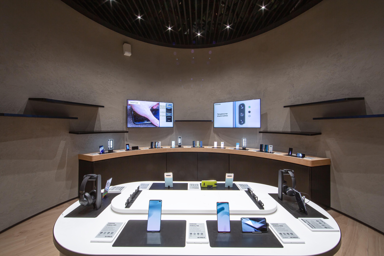 Samsung Forward стала доступна на всей территории России
