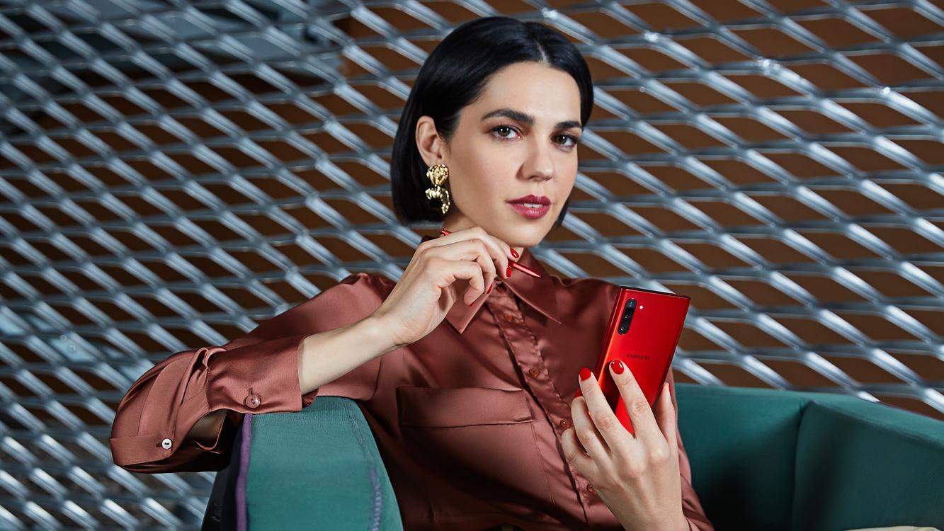 «Успех в твоих руках»: Samsung представила рекламную кампанию смартфона Galaxy Note10   10+