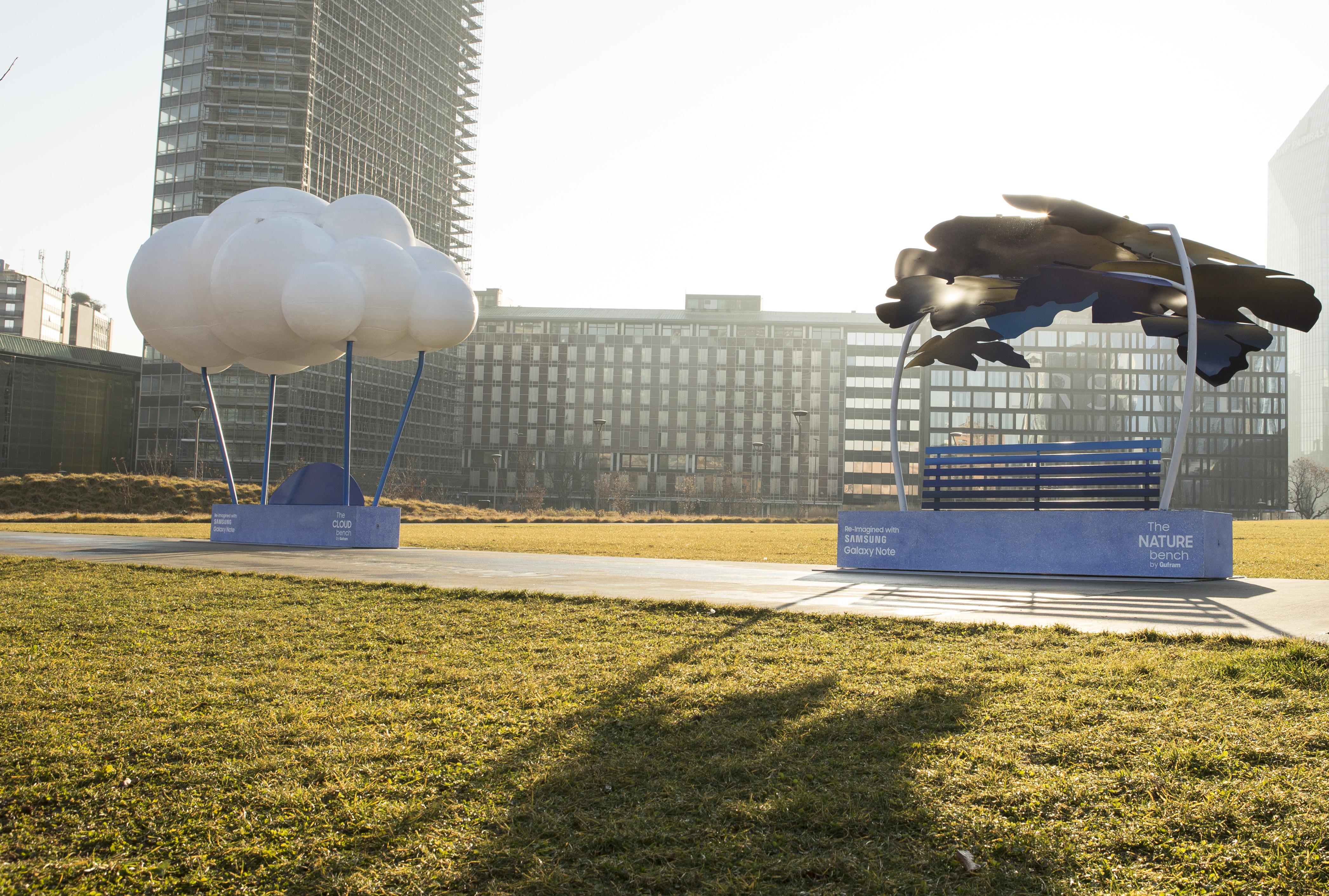 Samsung преобразила скамейки Милана с помощью Galaxy Note