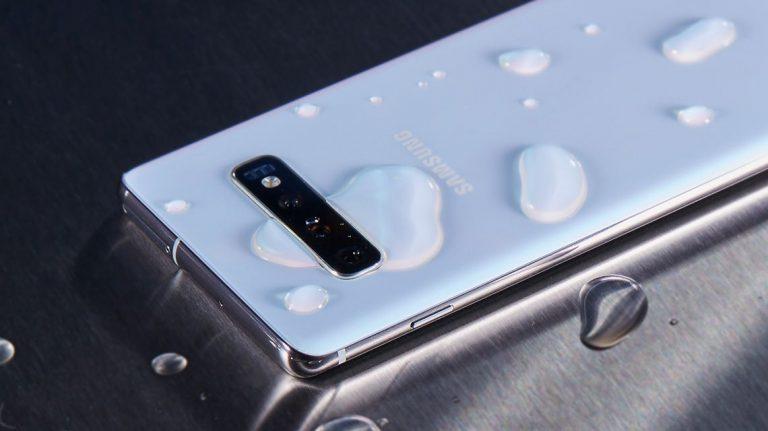 Samsung Galaxy S10+ возглавил обновленный рейтинг Роскачества
