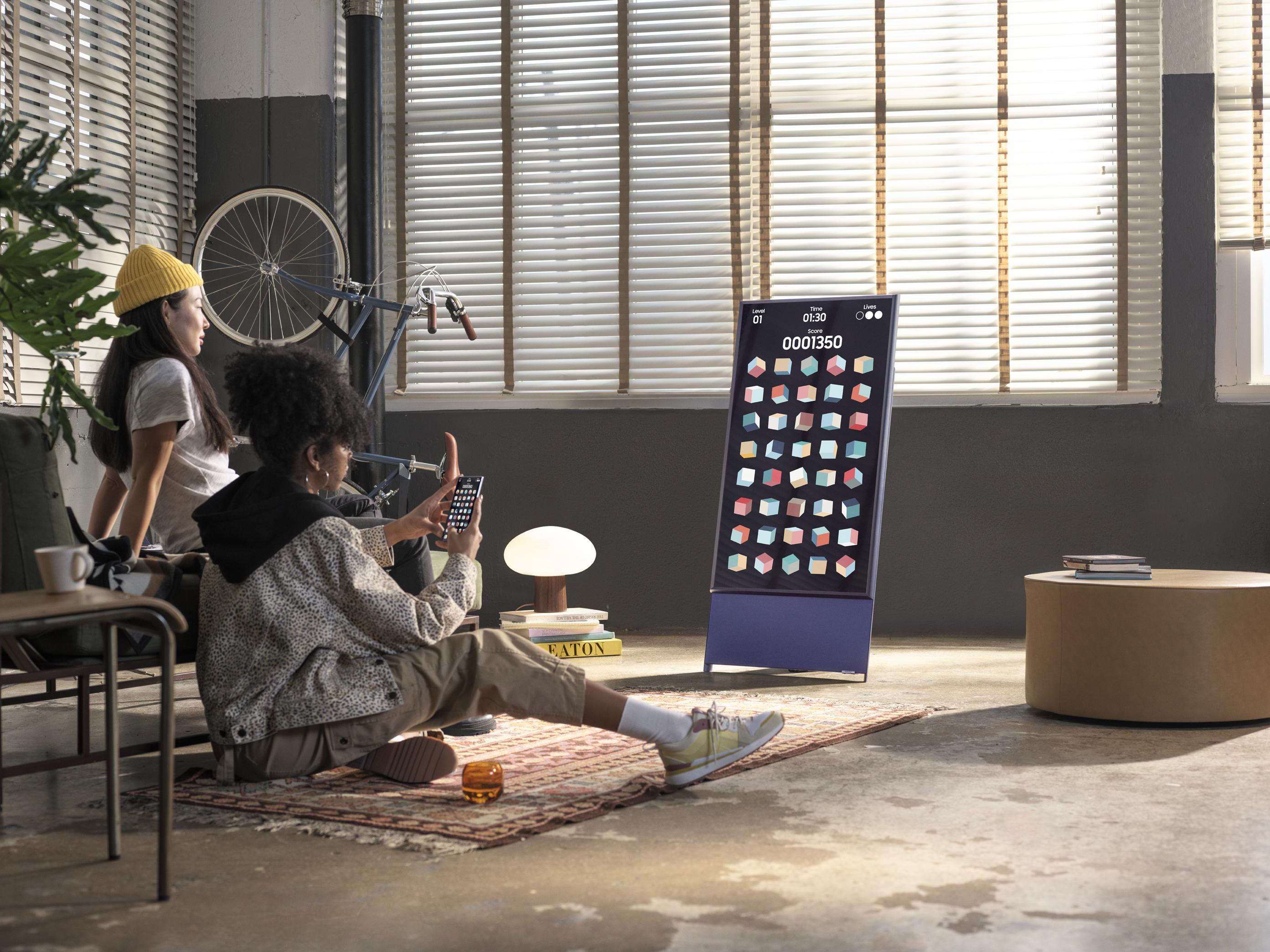 Samsung дарит подписку на Okko при покупке телевизора The Sero