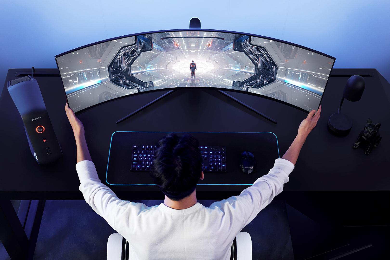 Samsung открывает предзаказ на игровые мониторы Odyssey в России