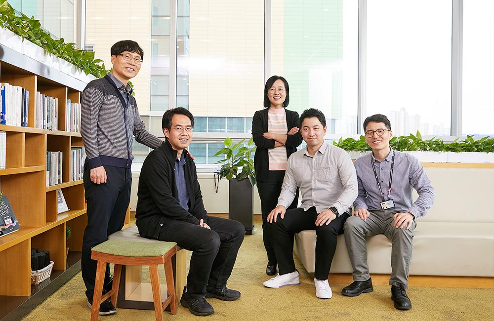 Samsung Electronics представила инновационную технологию QLED светодиодов синего цвета