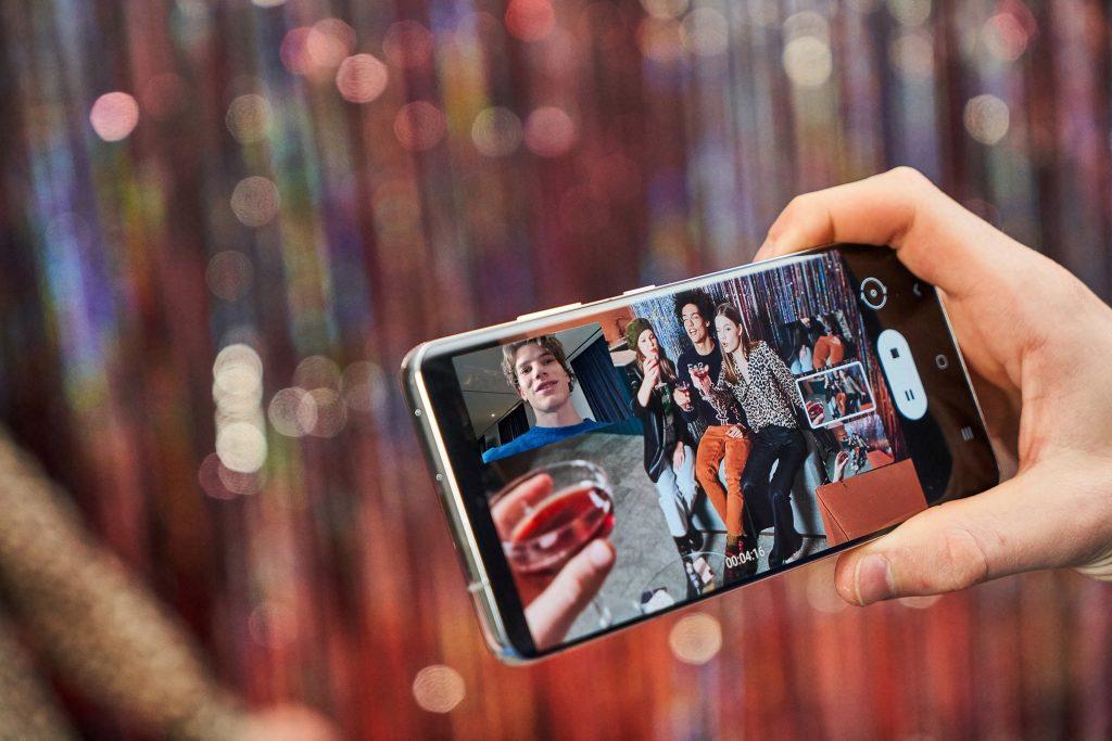 Samsung Galaxy S21 Ultra: универсальный смартфон, впечатляющий во всех областях