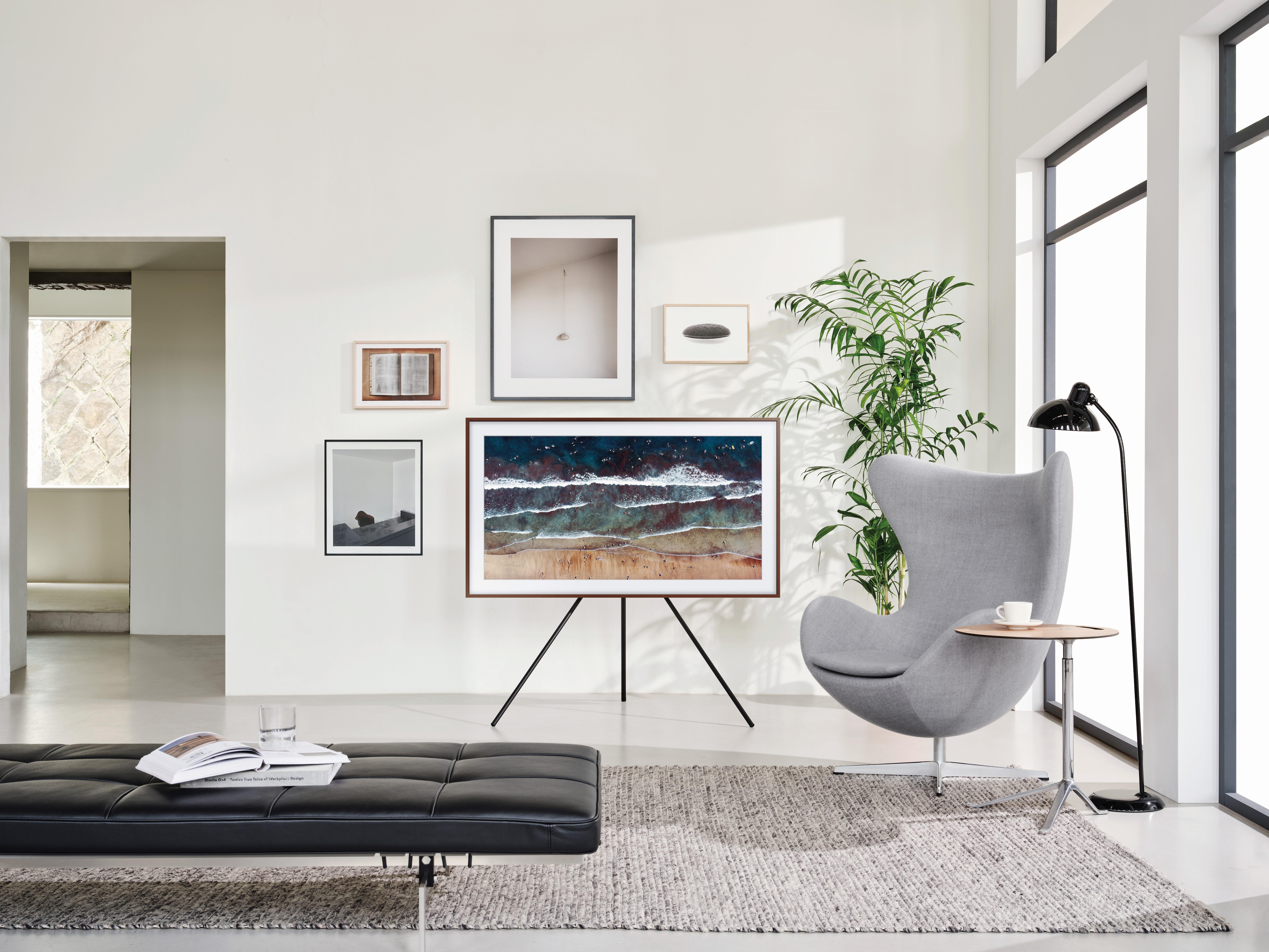 Безграничные возможности интерьерных телевизоров Samsung