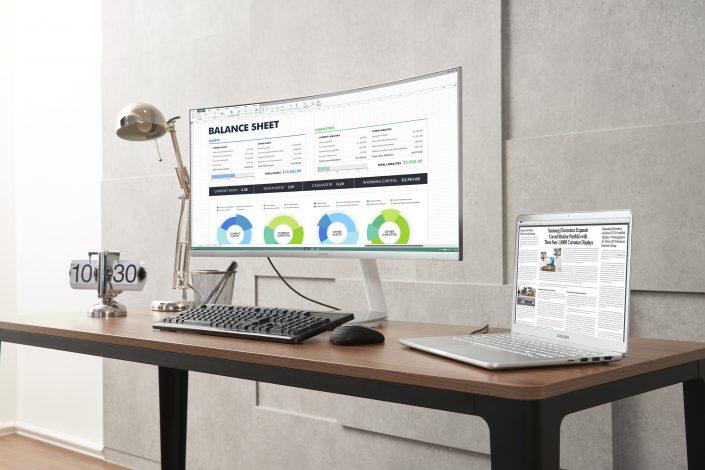 Samsung-ThunderboltT-3-QLED-Curved-Monitor-2